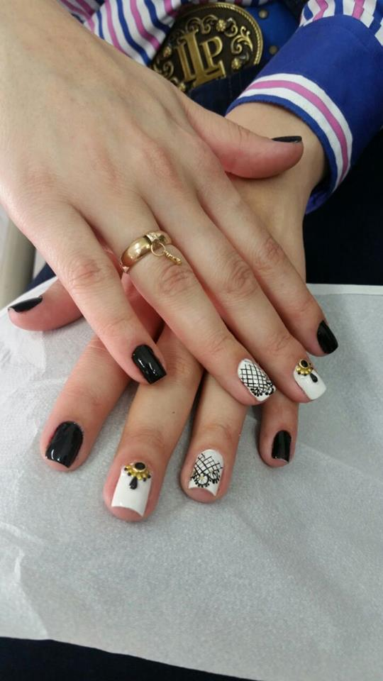 69 beautiful black and white nail design for classic look