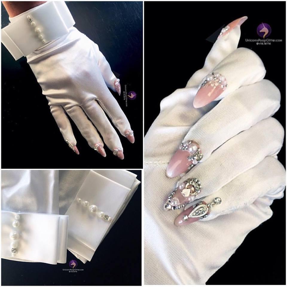 54 Stunning Wedding Gloves Ideas To Glam Up Your Wedding
