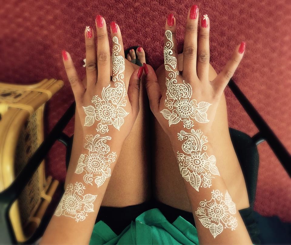 White Mehndi Buy : Stunning white henna design ideas that you will love