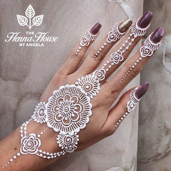 White Henna Design 26 Blurmark