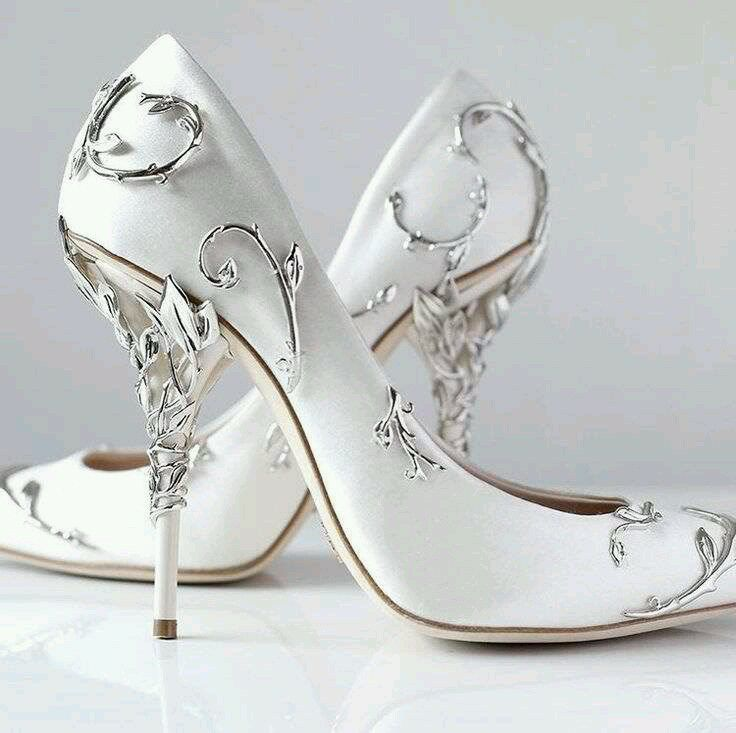Beautiful Black Vera Wedding Shoes Cream Heels