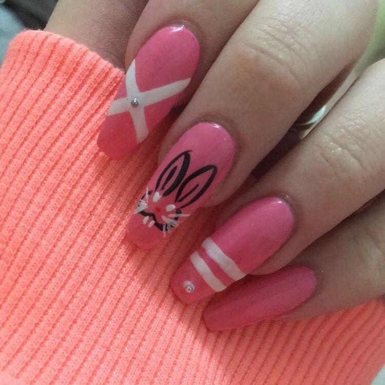 Alluring Pink Long Nails - Blurmark