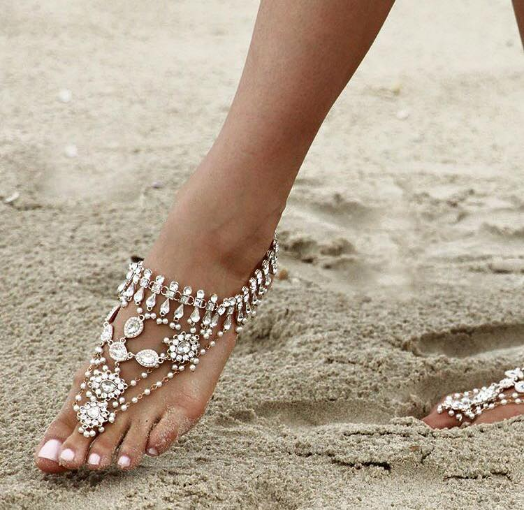 45 Adorable Barefoot Beach Wedding Shoes Ideas For Beautiful Bride