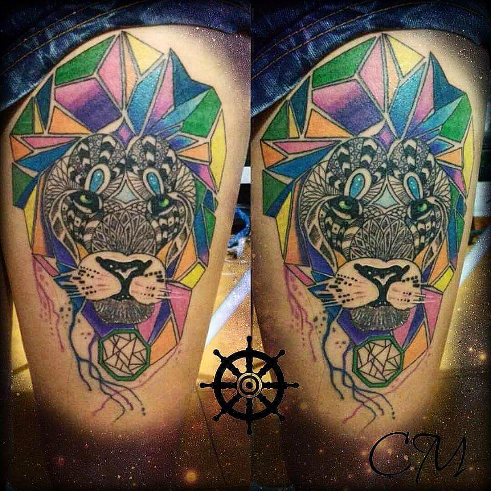 1ac1d6482 Ceative Colored Lion Tattoo On Thigh - Copy - Blurmark