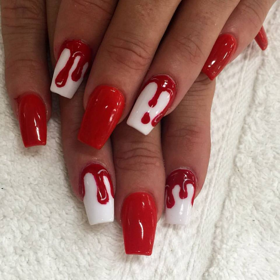 Coffin red Bloody Nails
