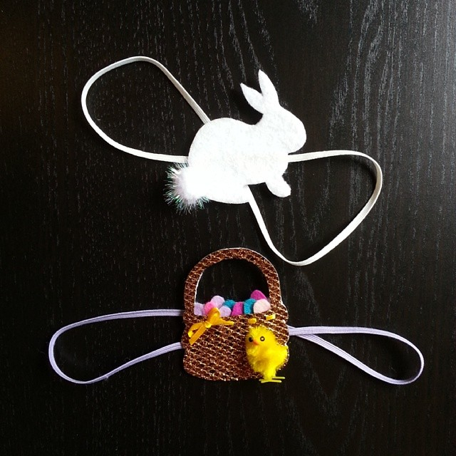 Dashing Easter Basket And Bunny