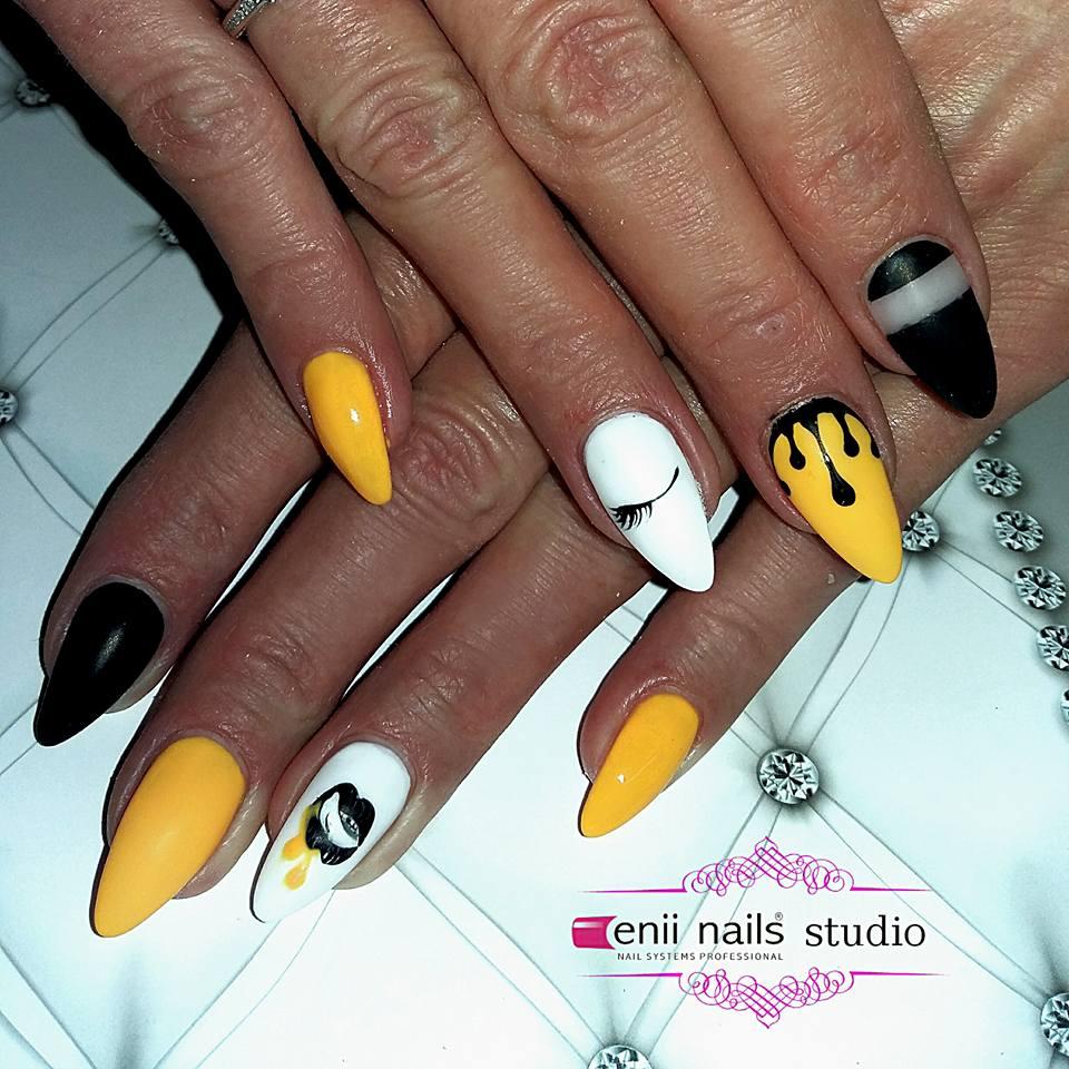 Funny Yellow Nail Art Blurmark