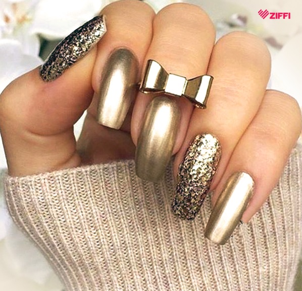 61 trending metallic nails to make your hands stunning gold metallic nail art design prinsesfo Images