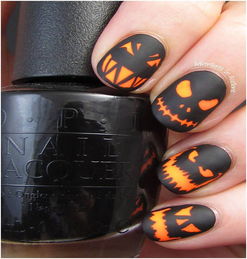 Halloween Spooky Nails