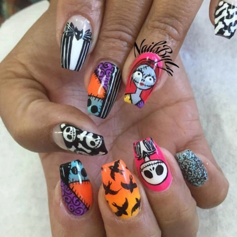 Killer Halloween Nail Art