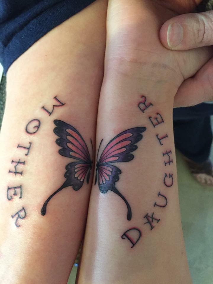 40 amazing mother daughter tattoos ideas to show your lovely bonding. Black Bedroom Furniture Sets. Home Design Ideas