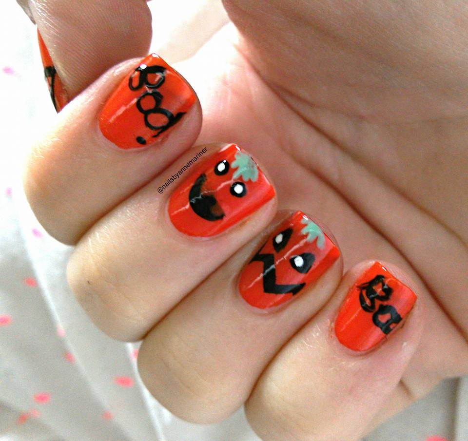 Pumpkin Halloween Nail Art Idea