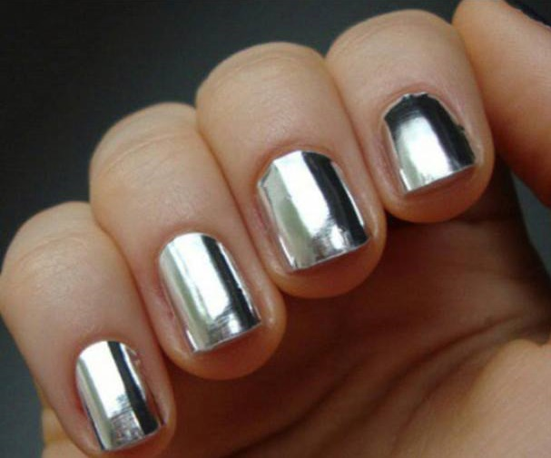 61 trending metallic nails to make your hands stunning silver metallic nail art design prinsesfo Images