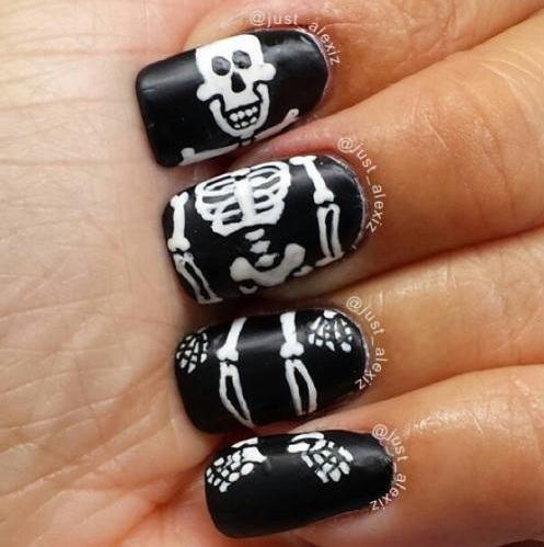 Skull Nail Design