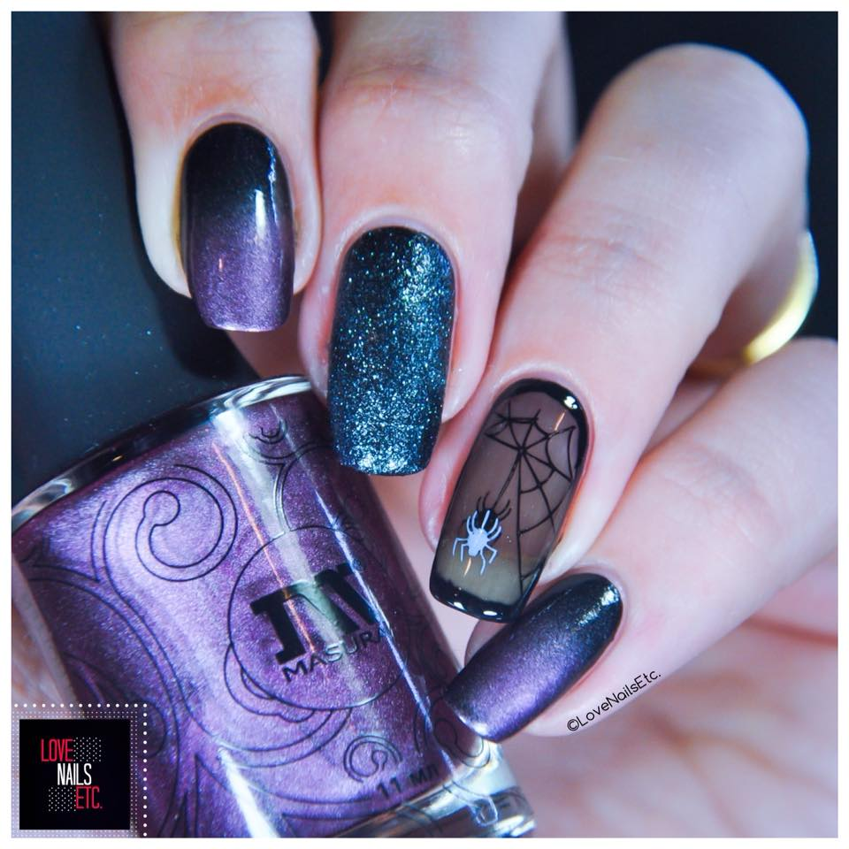 Spooky Halloween Nail Art Idea