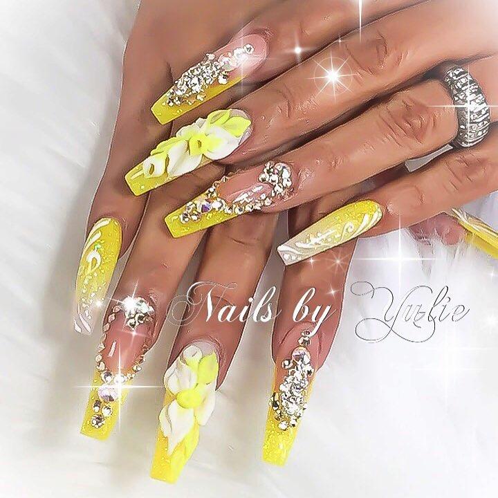 Stunning Neon Yellow Nails - Blurmark