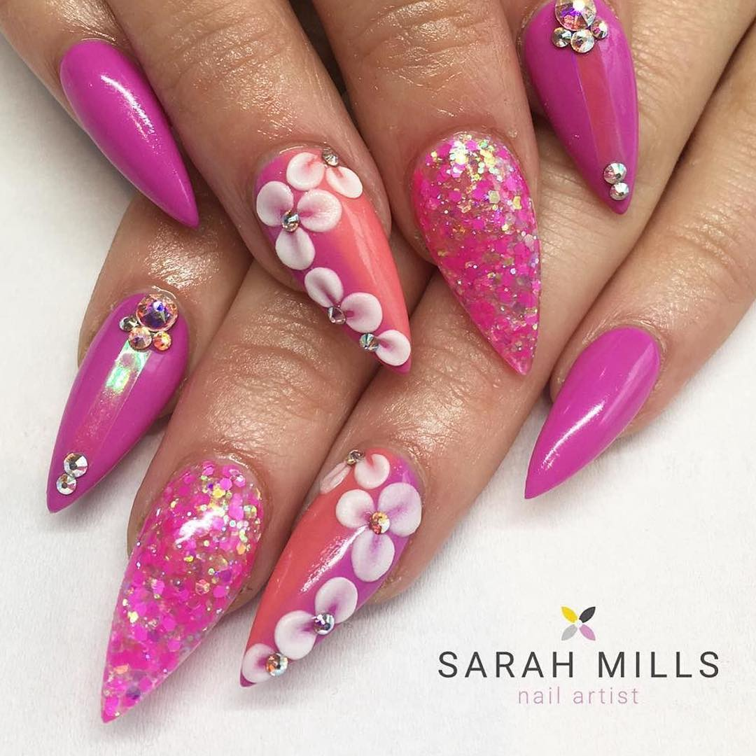 Pointed Nails Bright Pink - Nail Ftempo