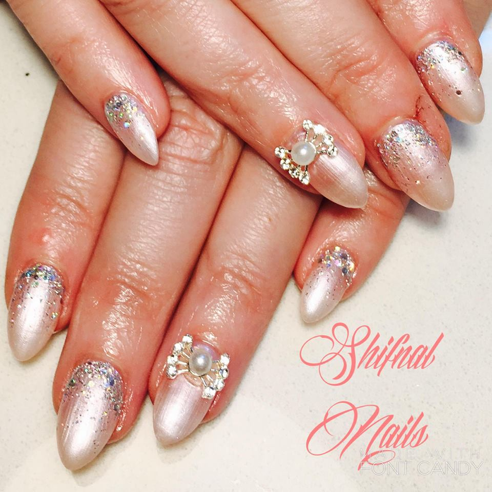 Acrylic Extension Pearly Nails