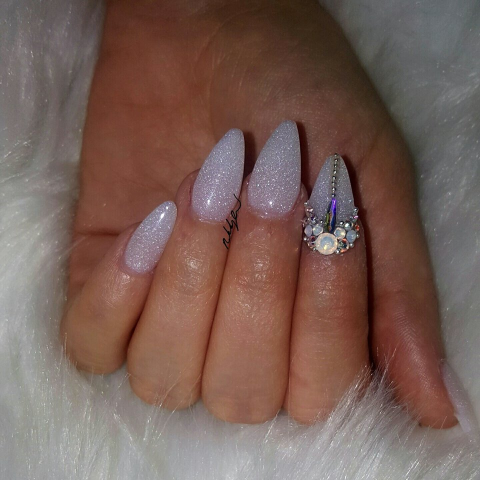 Here Comes The Bride With Some Awesome Nails: 60 Best Wedding Nail Art Design Ideas For Romantic Look