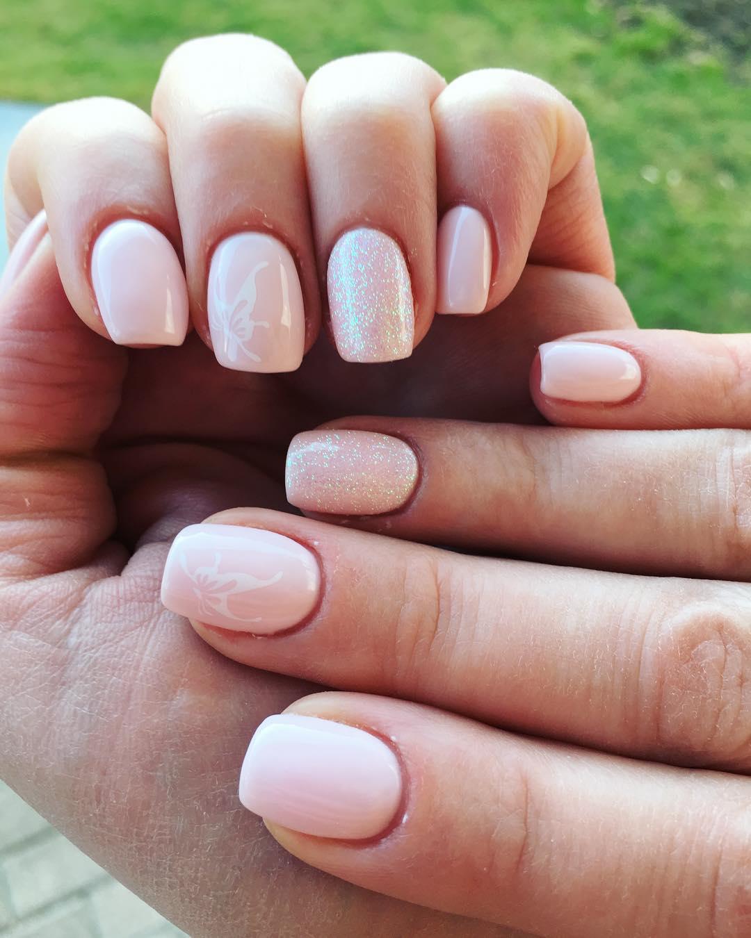 Glitter Neutral Nails
