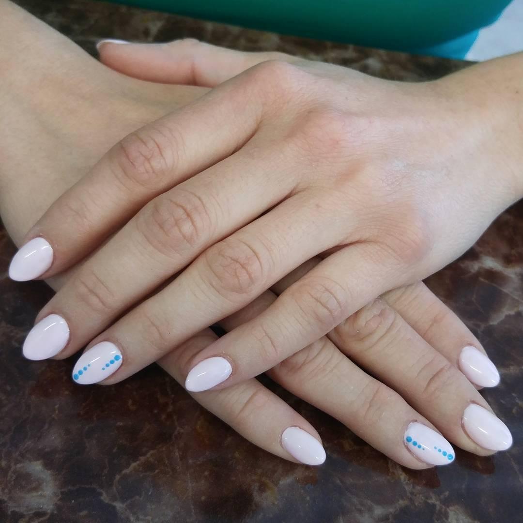 Glossy Gel Neutral Nails