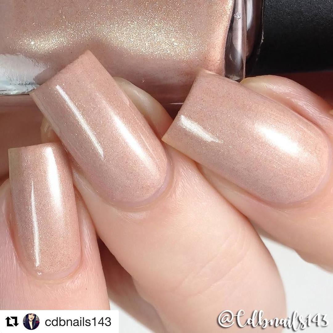 Gorgeous Neutral Nails