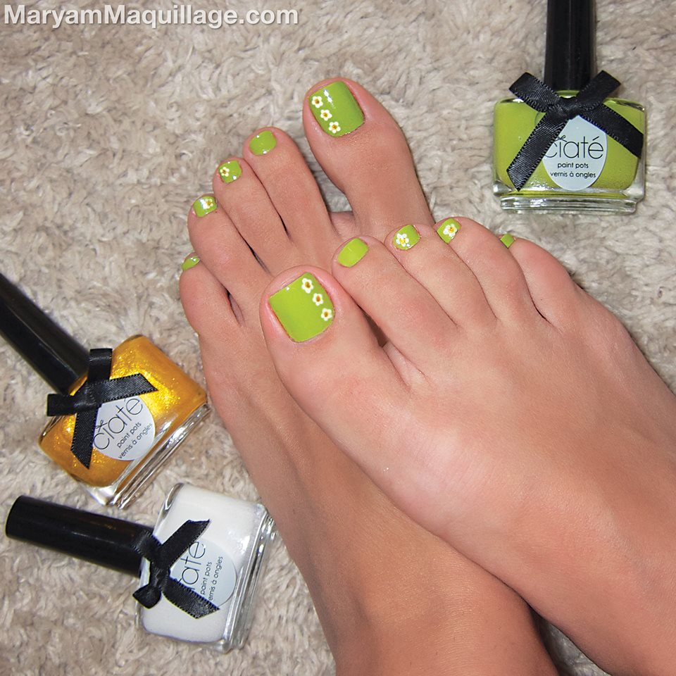 Green Floral Toes Nails