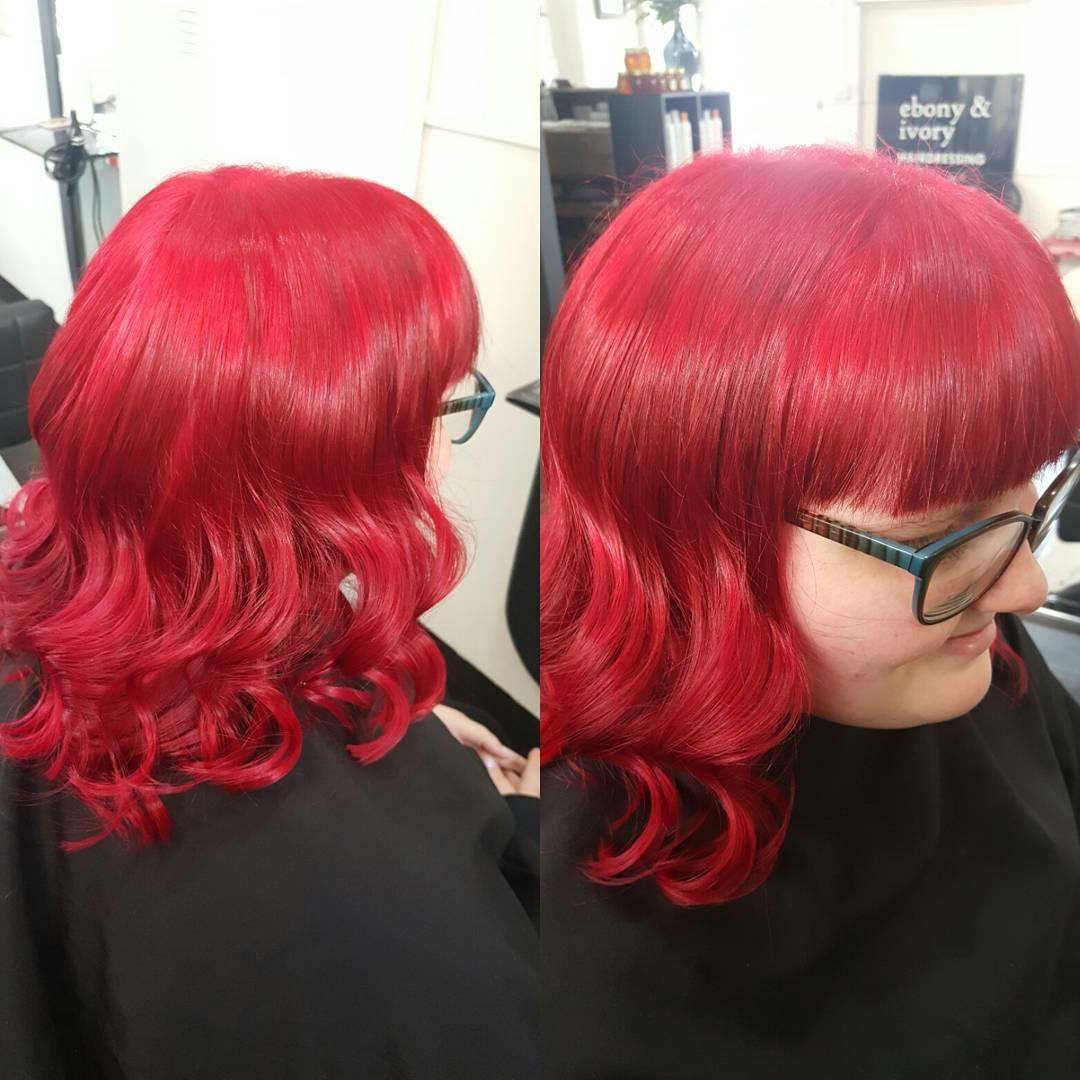 Ivory shiny Red Hairs