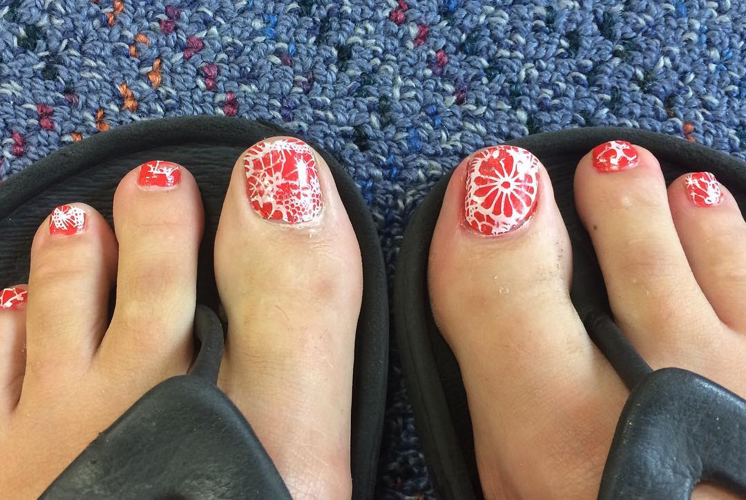 Orange Lace Summer Toes