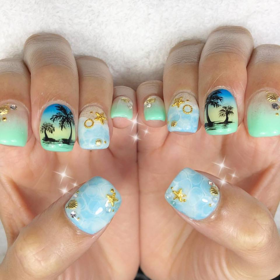 Palm Tree Beach Nails