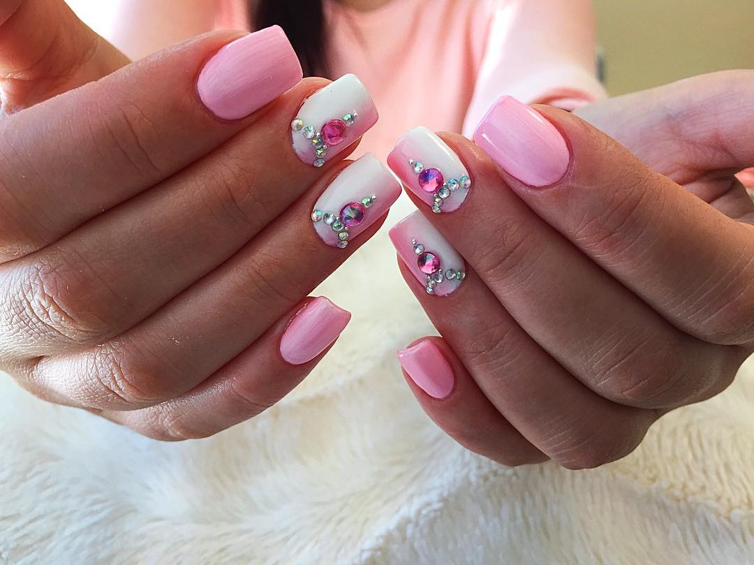 Pink Ombre Nails With Stud