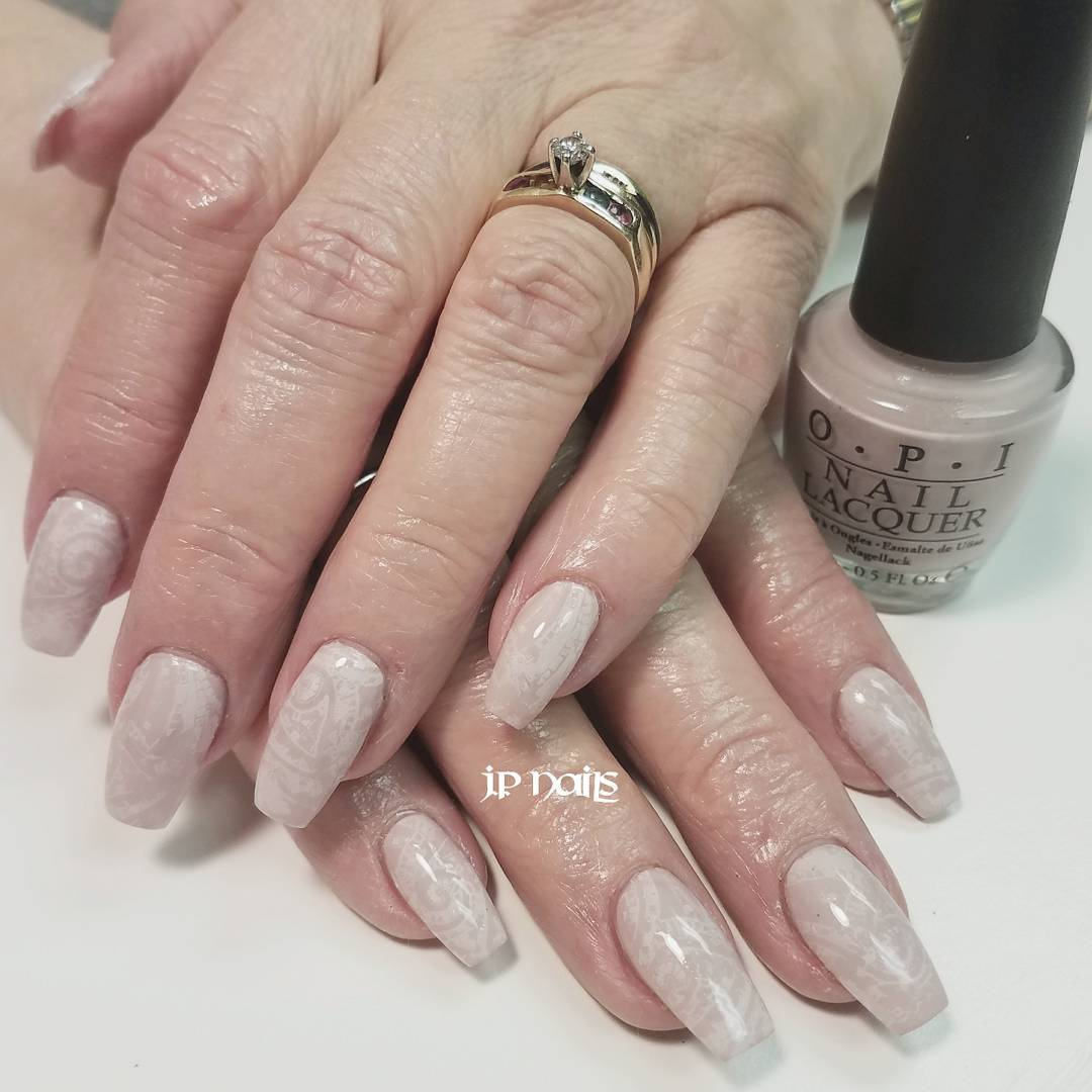 Soft Pink Neutral Nails