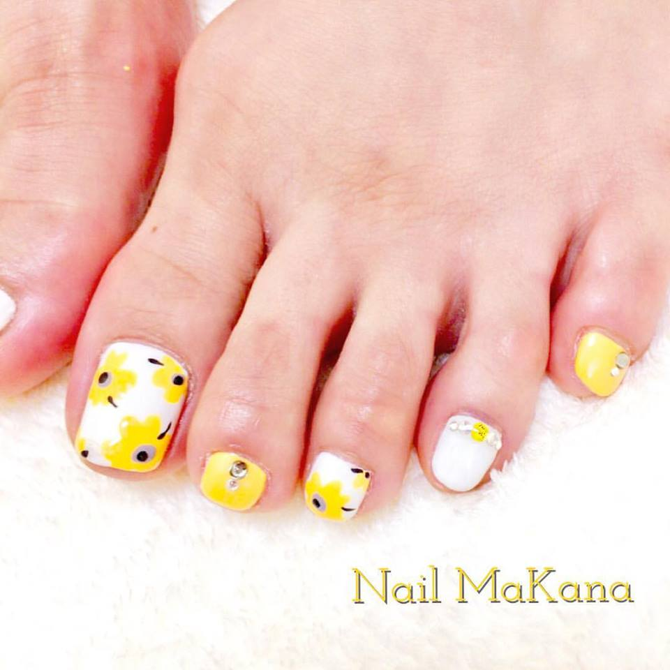 Sunflower On Toes
