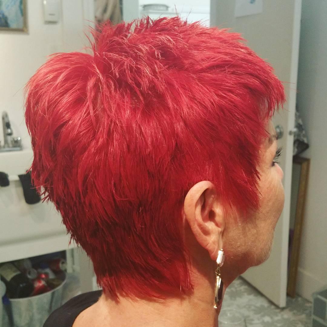 Textured short Sassy Red Hairs