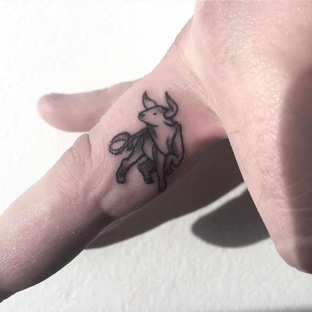 Toronato Fine Art Finger Tattoo