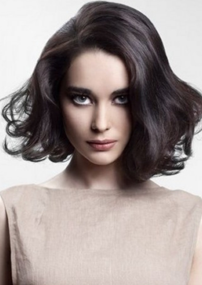 62 Beautiful Medium Length Hairstyles Ideas That We Love