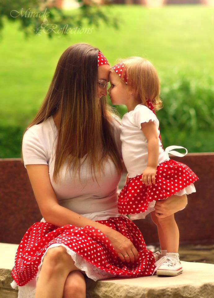 50 Amazing Mom And Daughter Outfit Ideas That You Can Try