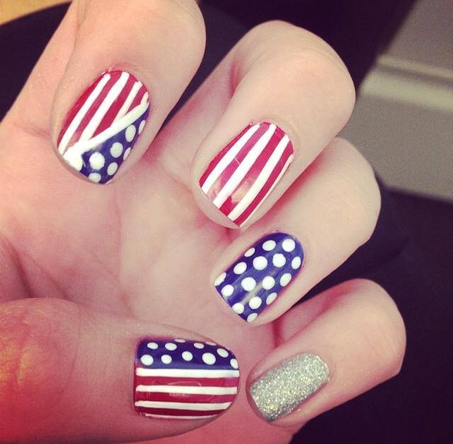4th July Nail Art Design