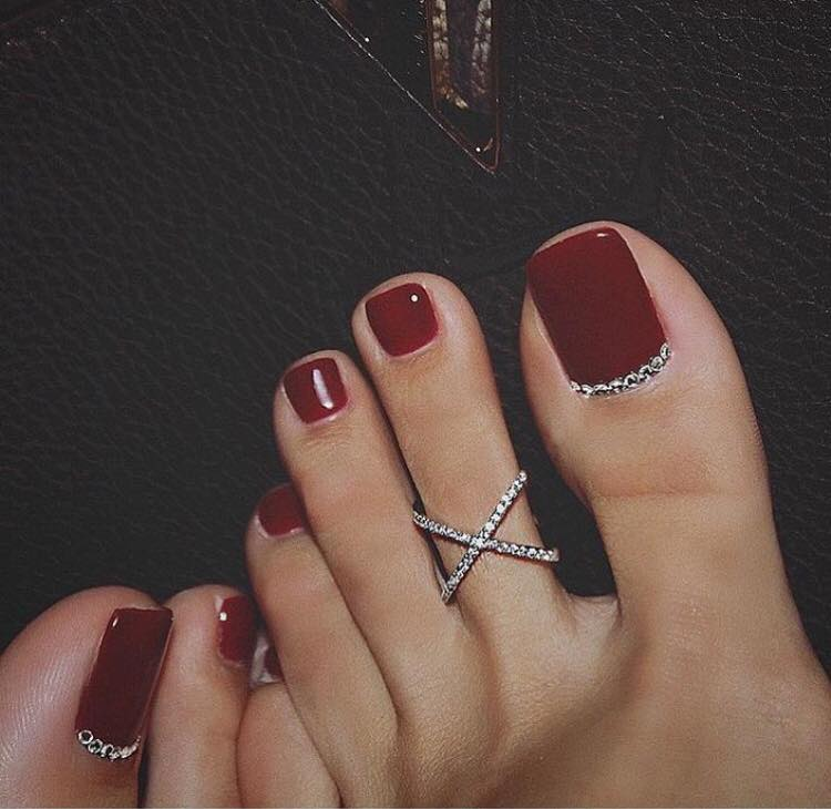 61 Stunning Wedding Toe Nail Ideas For Your Big Day