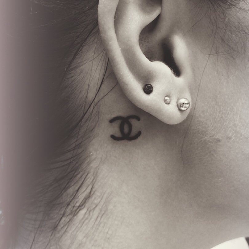Chanel Behind The Ear