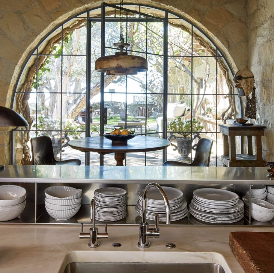 Classic Country French Kitchen Idea