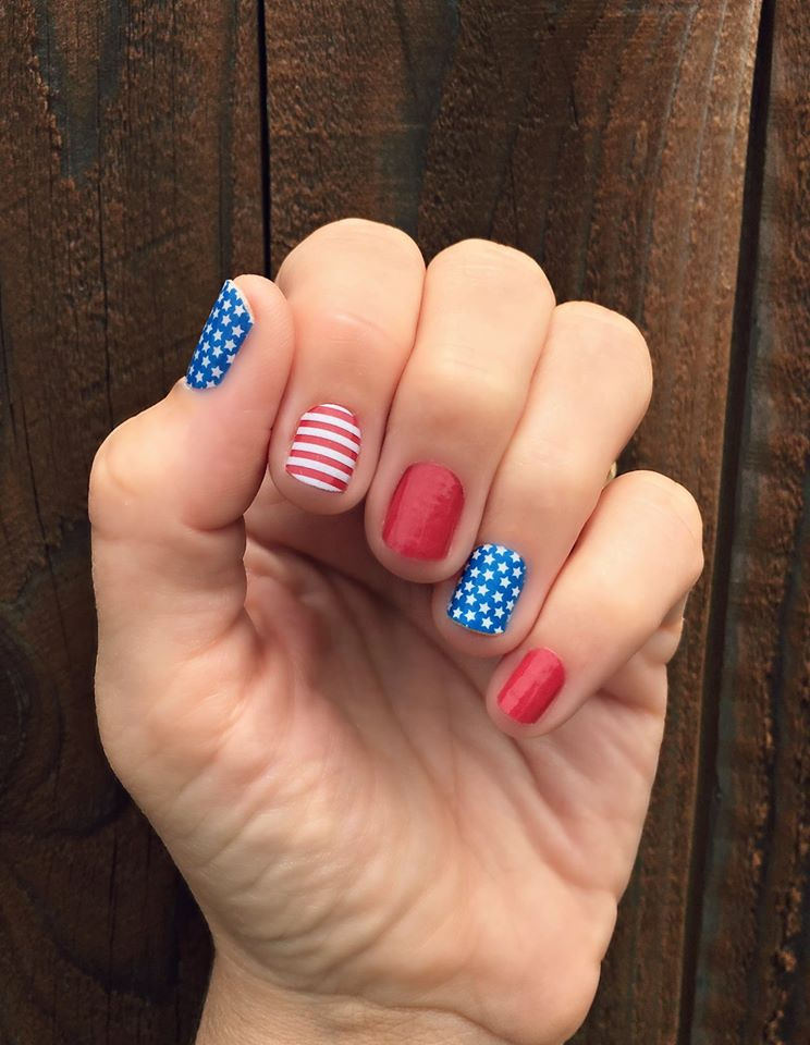 Cute 4th July Nails