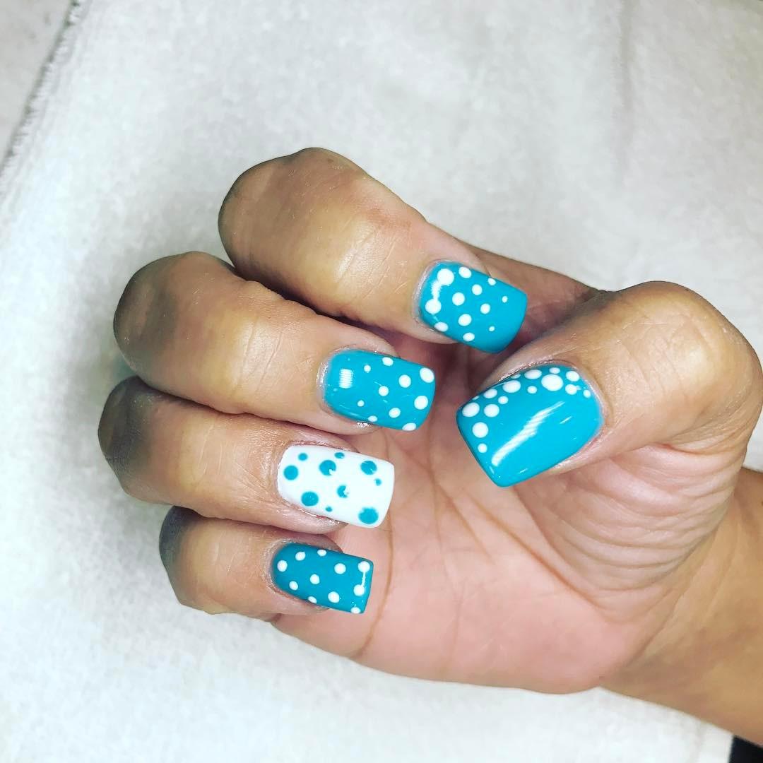 Cute Blue White Polka Dots Nails