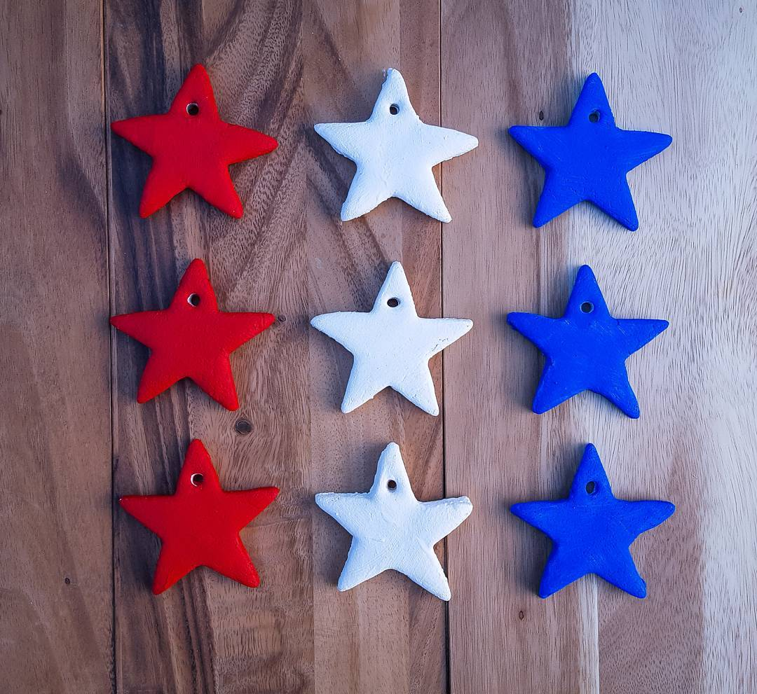 DIY Memorial Day Star Decoration