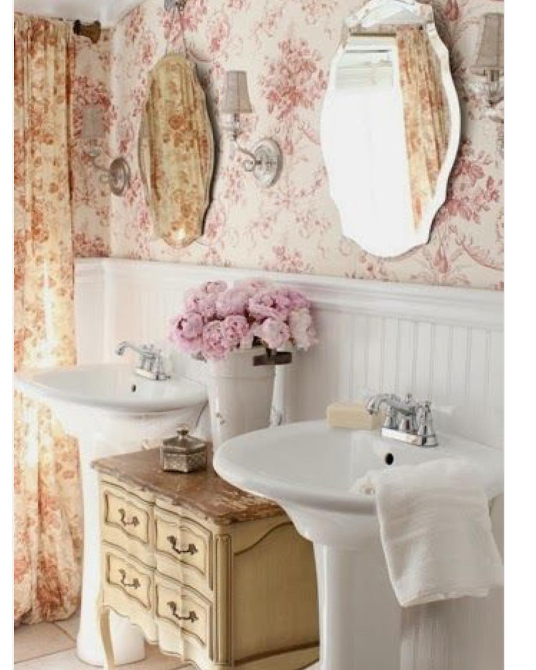 63 perfect shabby chic bathroom ideas that you would love for French shabby chic bathroom ideas