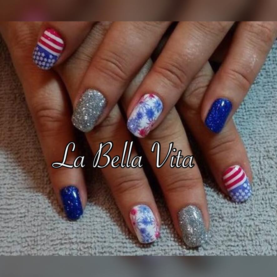 Fun Patriotic Nails