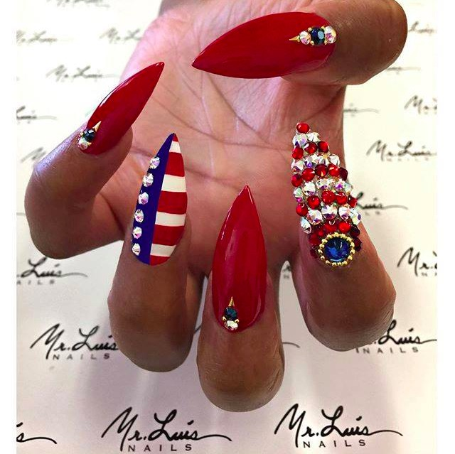 Gorgeous 4th July Nails