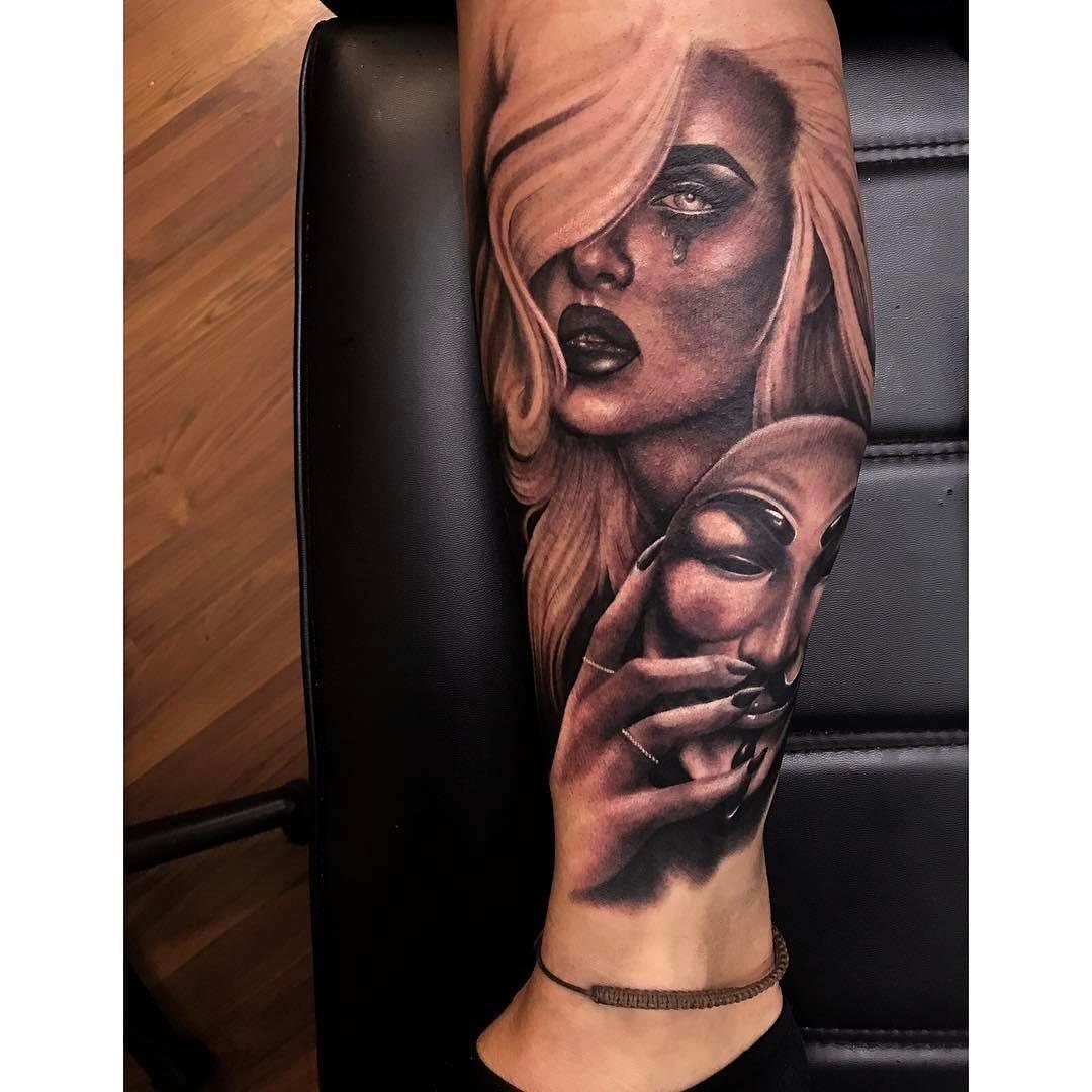 Gorgeous Tattoo On Lower Leg Blurmark