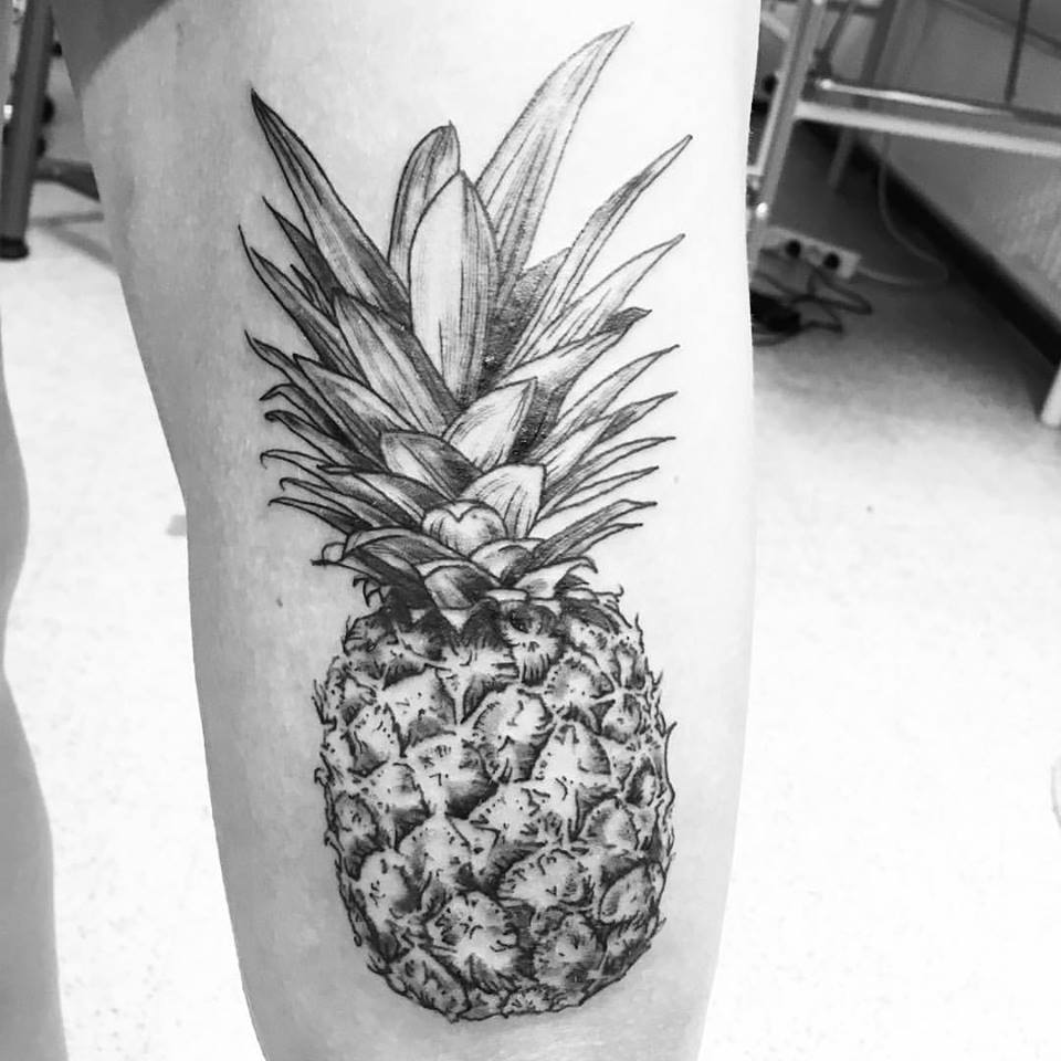 Grey & Black Pineapple Tattoo On Thigh