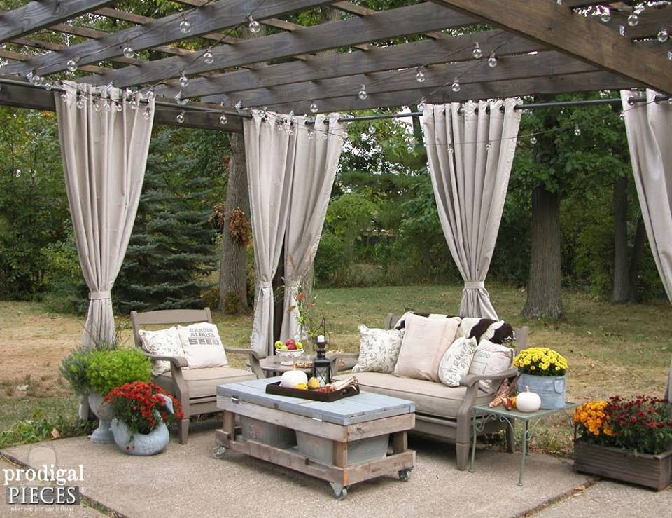 44 Classy Stylish Outdoor Curtains Idea For Contemporary